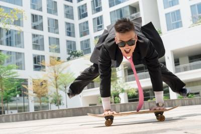 handstand skateboard sportyjob